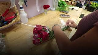 This 9/11, a florist in N.J. gave out roses to anyone who stopped in and asked