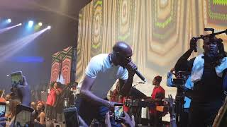 2baba and wizkid perform together at wizkid the concert dec 25 2017