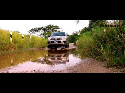 Toyota Hilux Review - Clutched Se4 Ep10