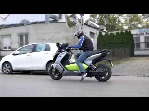 bmw c evolution 2017 acceleration youtube. Black Bedroom Furniture Sets. Home Design Ideas