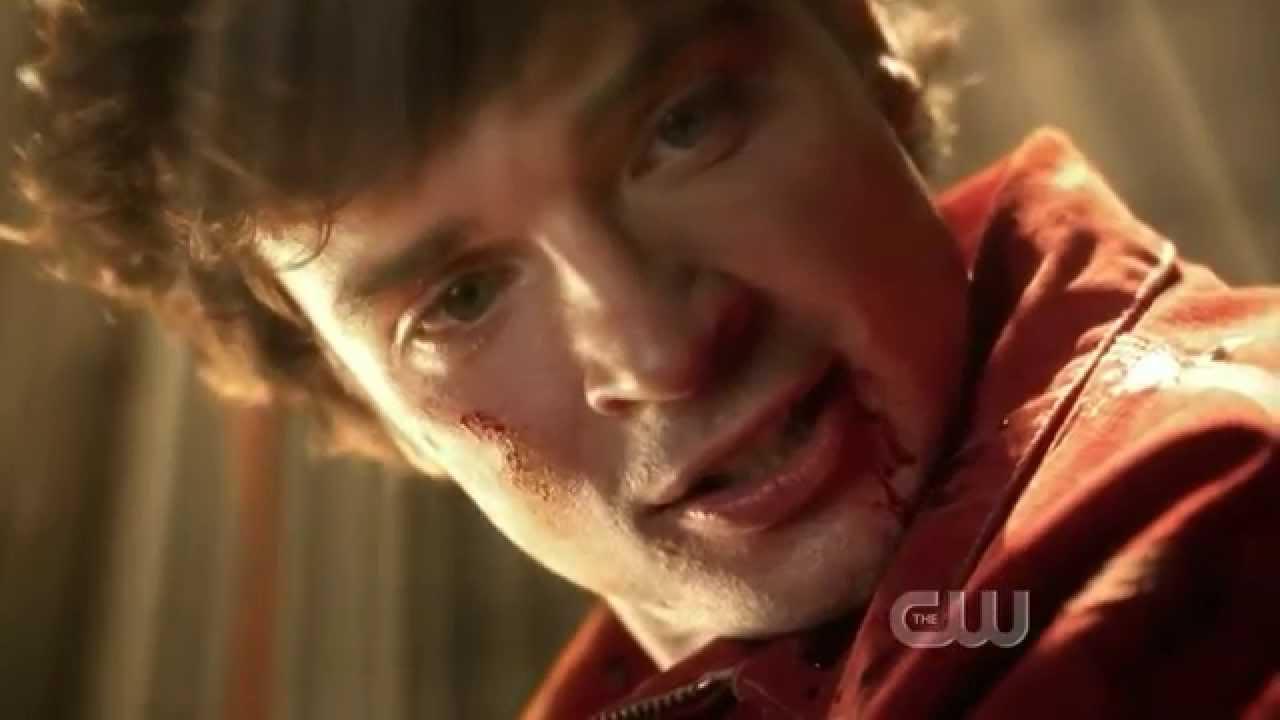Download Clark vs Bizarro Smallville HD