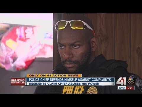 Ferrelview police chief defends himself against complaints