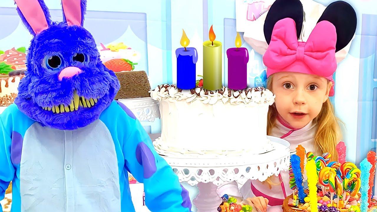 Nastya giả bộ chơi trong quán Cafe bánh! Đồ chơi trang trí bánh cho trẻ em