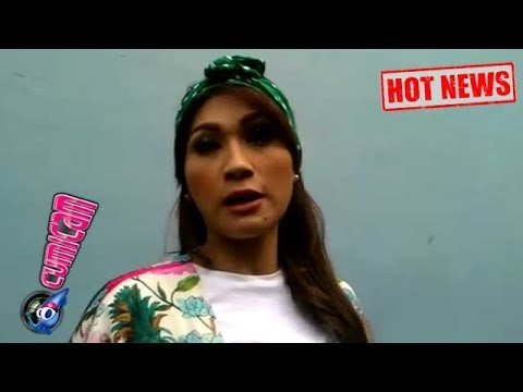Hot News! Bertemu Mantan Suami Lagi, Seperti ini Sikap Tegar Tata Janeta - Cumicam 21 Juni 2017