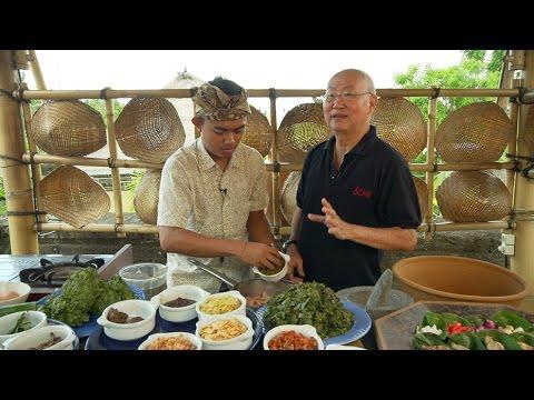 Spicy Balinese Chicken Soup: Gareng Asam Bali