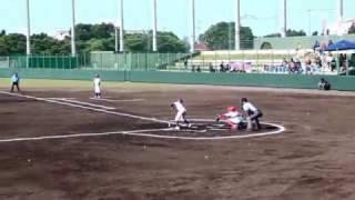 JTA旗先島地区学童軟式野球交流大会で先取点とる少年荒鷲野球団