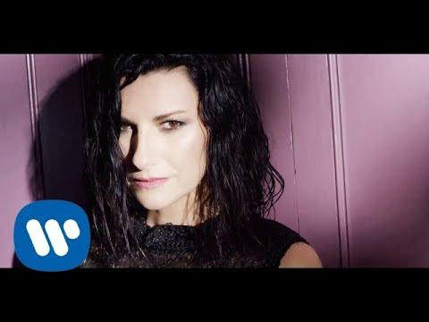 Laura Pausini – Nadie ha dicho feat. Gente de Zona (Official Video)