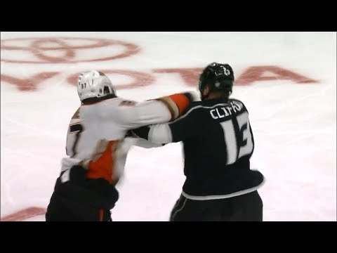 Gotta See It: 3 fights erupt in 4 seconds between Kings and Ducks