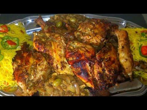 vermicelle-au-poulet-griller-avec-sauce-oignon