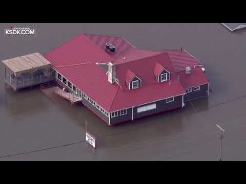 Businesses underwater along the Great River Road in Illinois