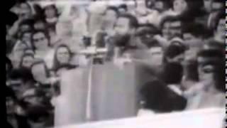 Fidel en el Estadio Nacional (frase insigne).flv-.mp4
