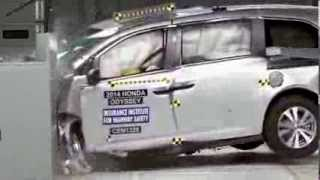 2014 Honda Odyssey (IIHS Crash Test Video) - 2013 TOP SAFETY PICK+