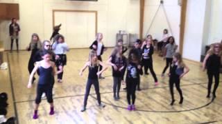 2013 Josefines blå dansehold