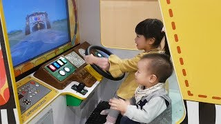 Van and Nam Pretend Play With Car Driving Game, The Wheel On The Bus Nursery Rhyme