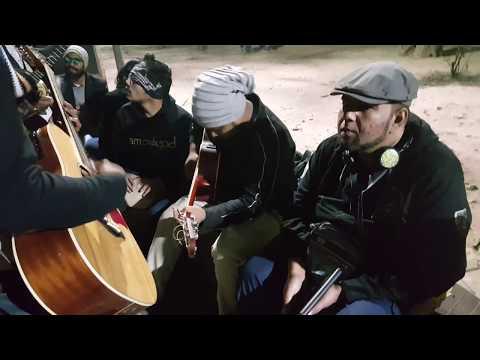 Bangla mashup song cover up (Somun,Sunny,Sadman,Jakir,Faysal,Sohag),(Rockin Robin Reloaded)d