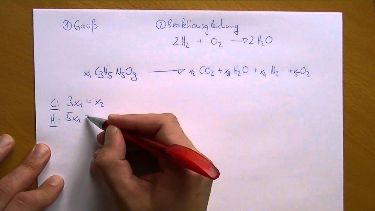 Gauß - Anwendung: Reaktionsgleichungen - YouTube