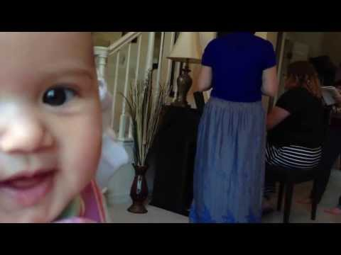 Marianne's singing debut (4 months old)