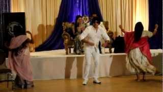 jiski biwi moti lawaaris amitabh bachan wedding engagement dance performance