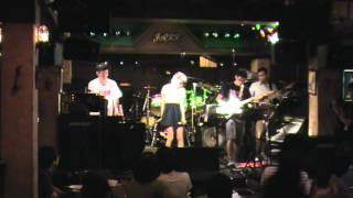 Tokyo Cinna HotWet 東京事變 - 電波通信