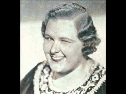 Kate Smith - (In the Gloaming) By the Fireside  (with lyrics)