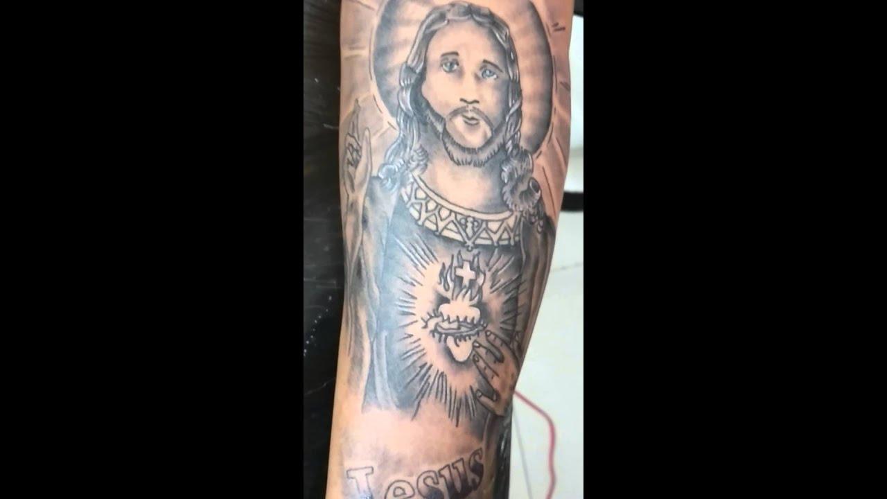 Tatuagem De Jesus Cristo No Braço