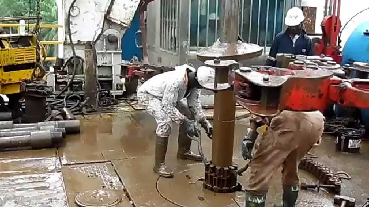 drilling engineering lab report Drilling engineering lab report the aim of this experiment is to determine the mud density, specific gravity and hydrostatic pressure gradient for water-based-mud, web (drilling fluid) using the tate mud balance.