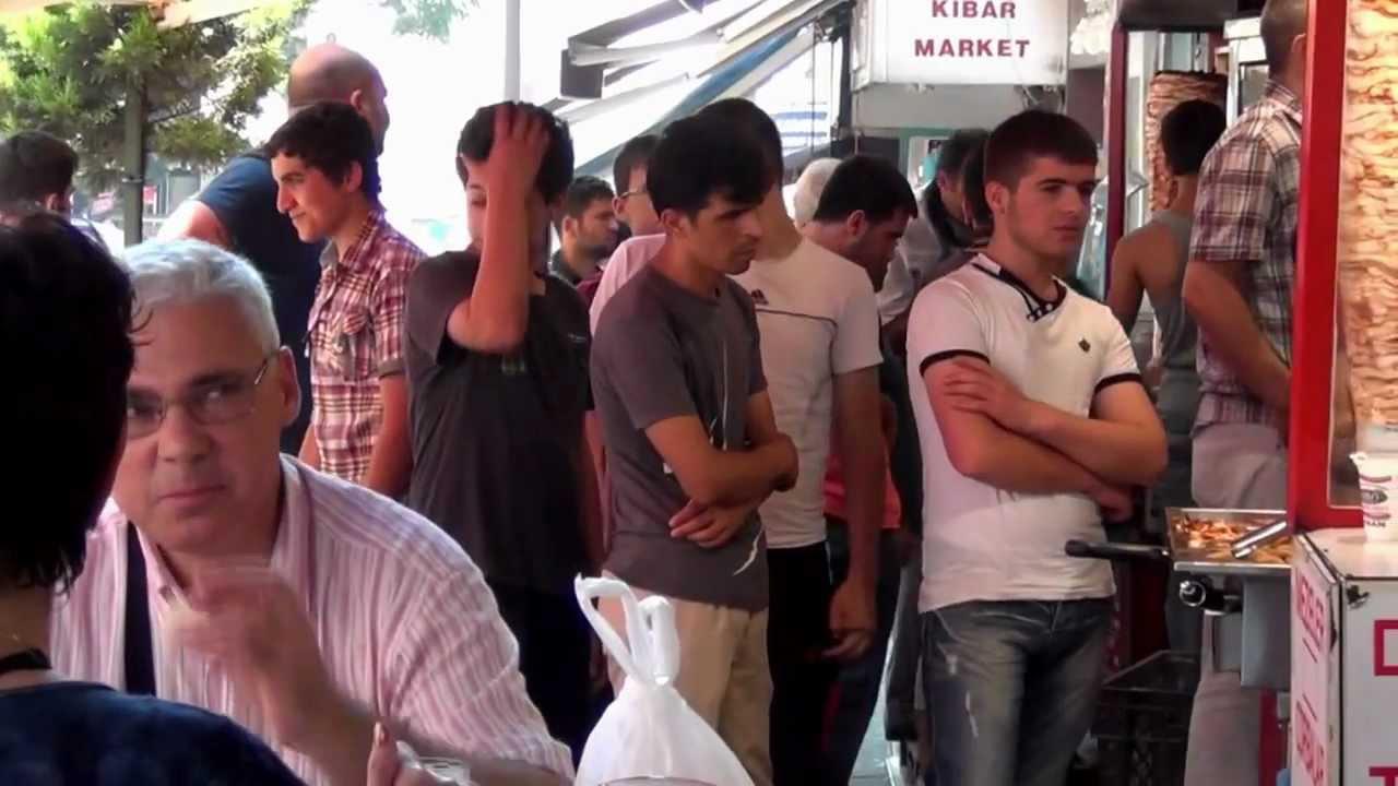 Стамбул - 2012 Турецкая КУХНЯ Ресторан на Улице