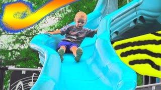 Видео Для Детей Макс Играет На Детских Площадках в Вашингтоне США Водных Парк Веселые Игры Влог Max