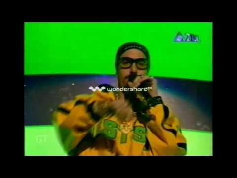 Blink -182 - First Date - Live MTV EMA  - Frankfurt 2001 / HQ 720p