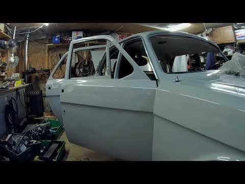 установка потолка на ГАЗ 24. Ремонт и реставрация ГАЗ 24.