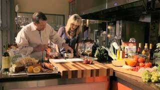 Flavor Discoveries: Vanilla Panna Cotta With Fresh Strawberries