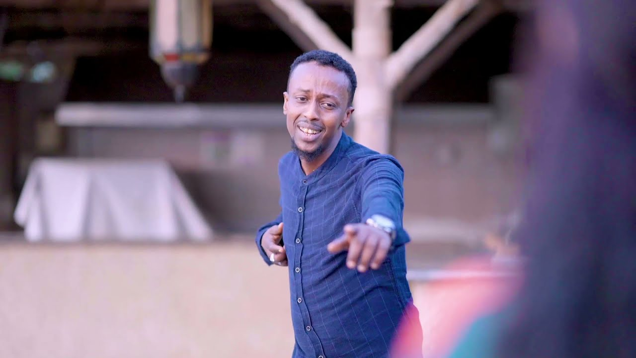Download AWALE ADAN |  XAYAATI  | New Somali Music Video 2021 (Official Video)
