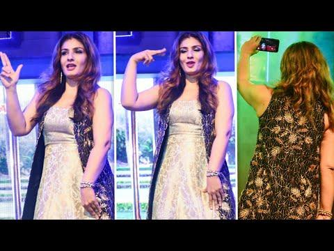 Raveena Tandon Dancing In Ankhiyon Se Goli Mare Song  Dulhe Raja  8th Film Fair Award