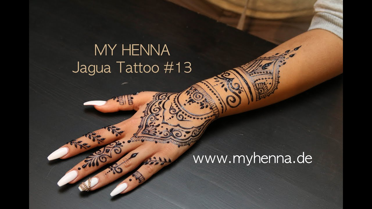 10 henna hand tattoos vanessa hudgens flashes a. Black Bedroom Furniture Sets. Home Design Ideas