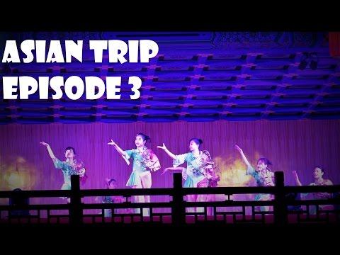 China Vlogs - Episode 3 : Yangshuo, Banyan Tree, Moon Hill, Hot Pot & Traditional Show