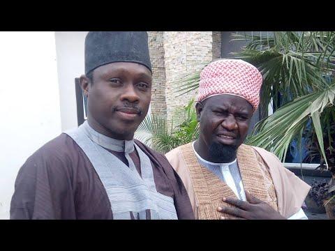 Download Wayyo Cikina: Kalli Abun Kunyar Da Musa Mai Sana'a Yayi A Gaban Baba Buhari