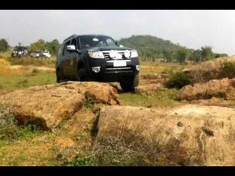 Ford Endeavour Off Road 2