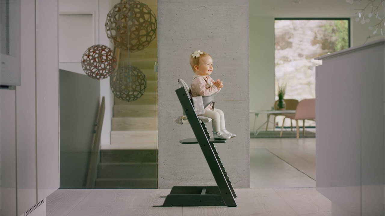 stokke tripp trapp discover the story behind the design youtube. Black Bedroom Furniture Sets. Home Design Ideas