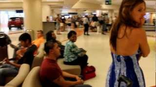 Lindsey's Airport Surprise