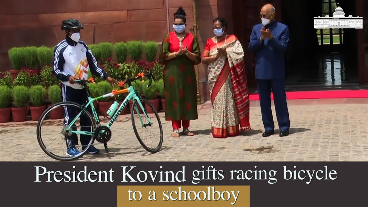 President Kovind gifts racing bicycle to schoolboy who dreams of excelling as cyclist