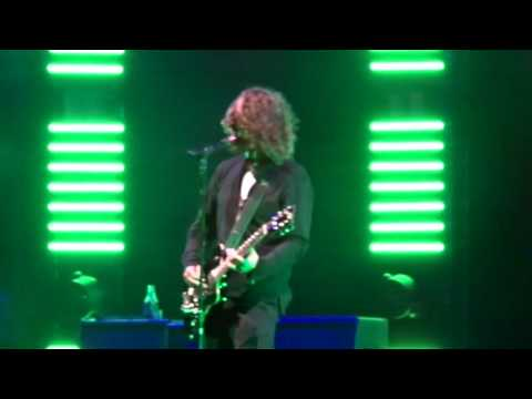 Soundgarden - By Crooked Steps @ Indianapolis, IN 05.10.2017 - Jeffgarden.com