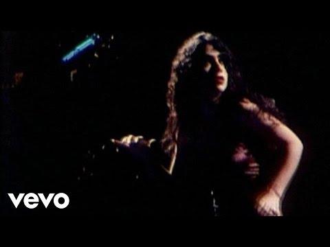 Music video by Marisa Monte performing Ando Meio Desligado (2003 Digital Remaster).