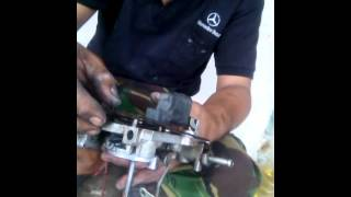 Service karburator mobil