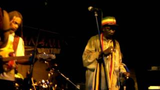 Everton Blender/Ghetto People Song (Live!) - 29th Aug 2010 - The Hootananny, Brixton