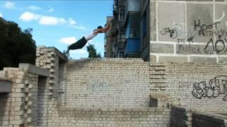 Паркур-выходные в Кировограде (трейлер)(Паркур-выходные в Кировограде (трейлер) Харьков, Киев, Луганск и т.п. [май 2010] ----------------------------------------- Пока..., 2010-11-29T22:51:09.000Z)