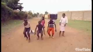 Ally Kiba Mwana Video Ghetto kids Dancing