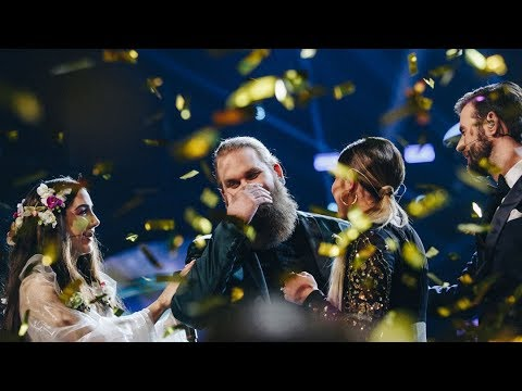 Idolvinnaren Chris Kläfford framför vinnarlåten Treading water - Idol Sverige (TV4)
