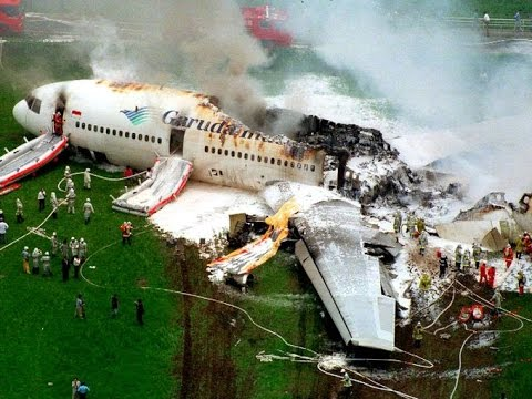 Taiwan TransAsia Airways plane crash DEATH TOLL rises past 50 UPDATED