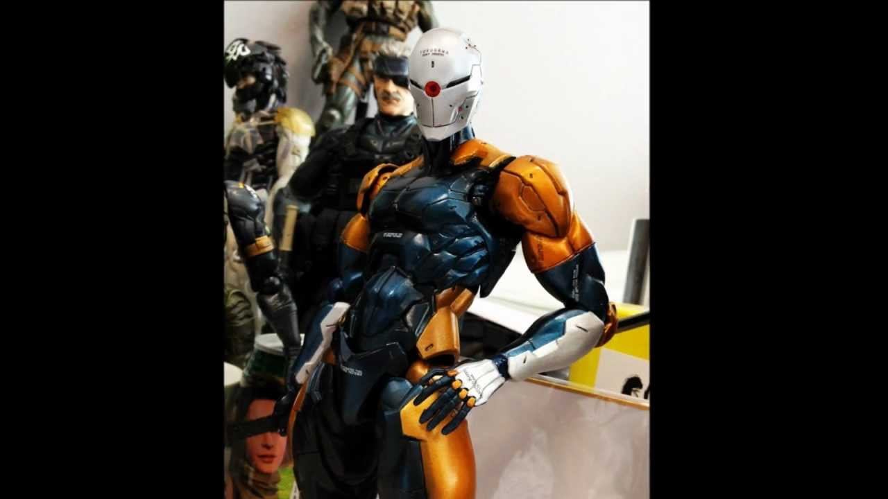 & Gray Fox (Frank JaegerCyborg Ninja) PLAY ARTS Kai New!! - YouTube