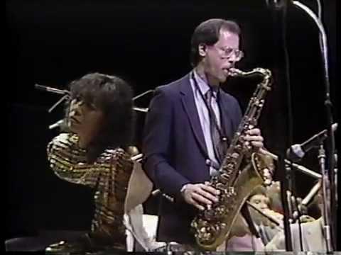 Happy Hoofer - Toshiko Akiyoshi Jazz Orchestra featuring Lew Tabackin Live in Tokyo 1984